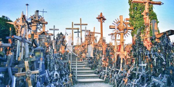 Collina delle croci: tra la realtà e l'incredibile